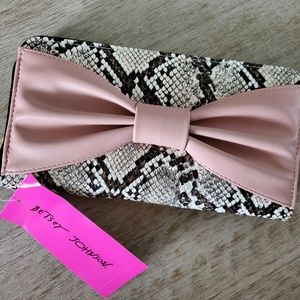 NWT Betsey Johnson zip up snake skin wallet